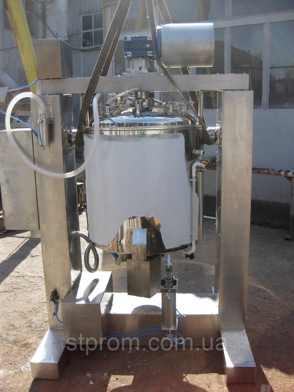 Реактор 600 литров