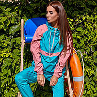 Женский спортивный костюм из плащевки