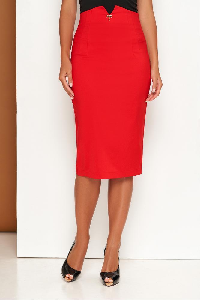 Красная юбка карандаш в деловом стиле