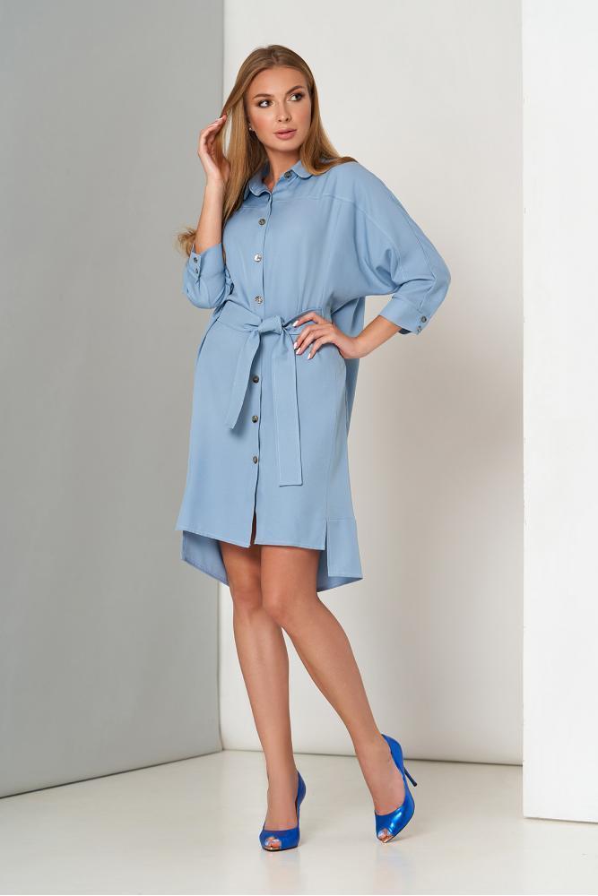 Офисное платье рубашка с поясом голубое