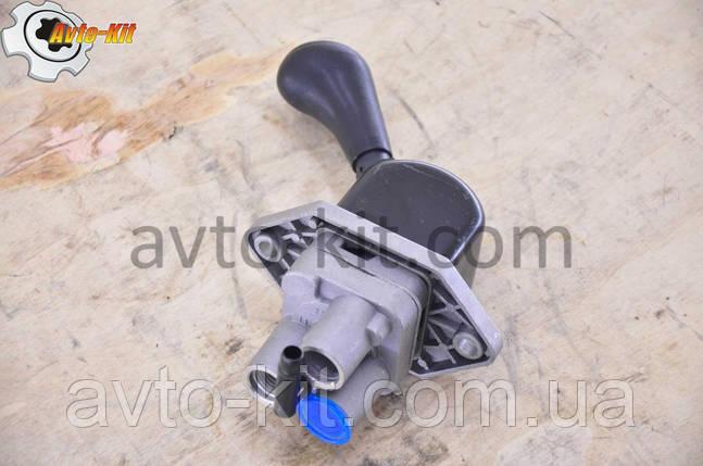 Кран ручного (стояночного) тормоза FAW-3252, фото 2