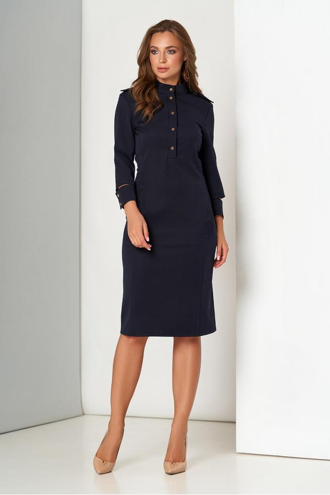 Облегающее платье футляр в офисном стиле