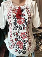 Белая женская вышиванка с цветами 50 и 52 размер