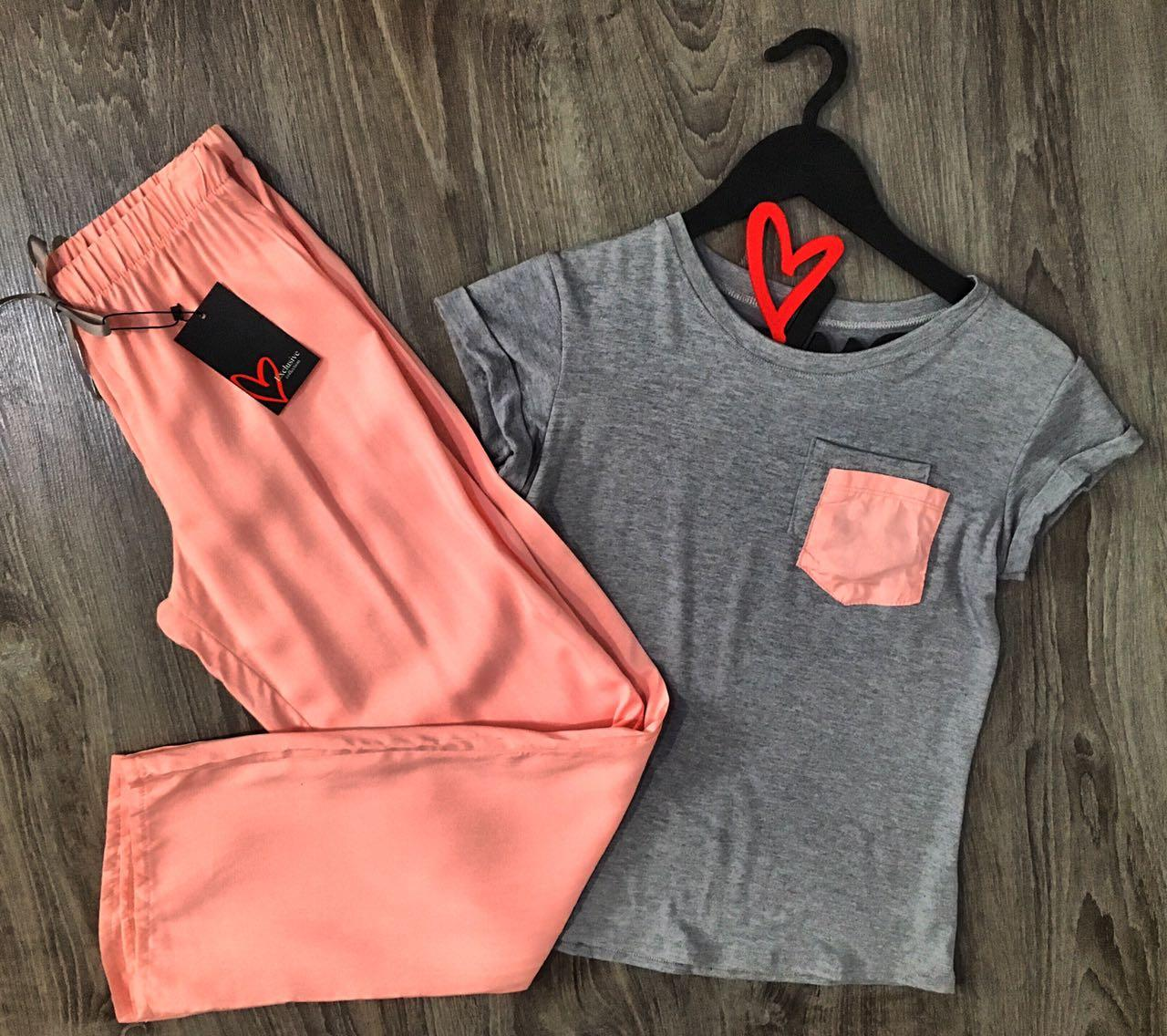Легкая пижама футболка и штаны, комплект одежды для дома.