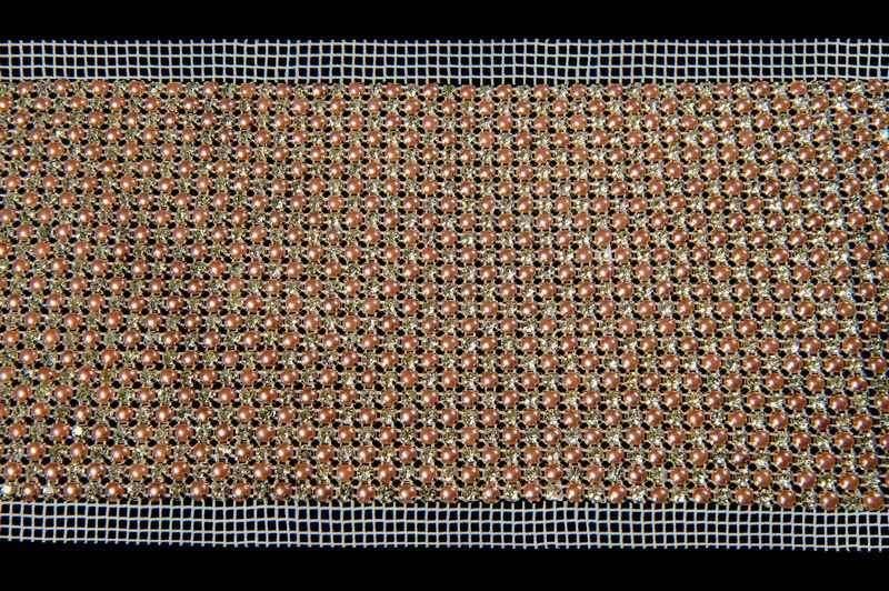 Камень-жемчуг №3 персиковый в серебрянной оправе (5ярд)