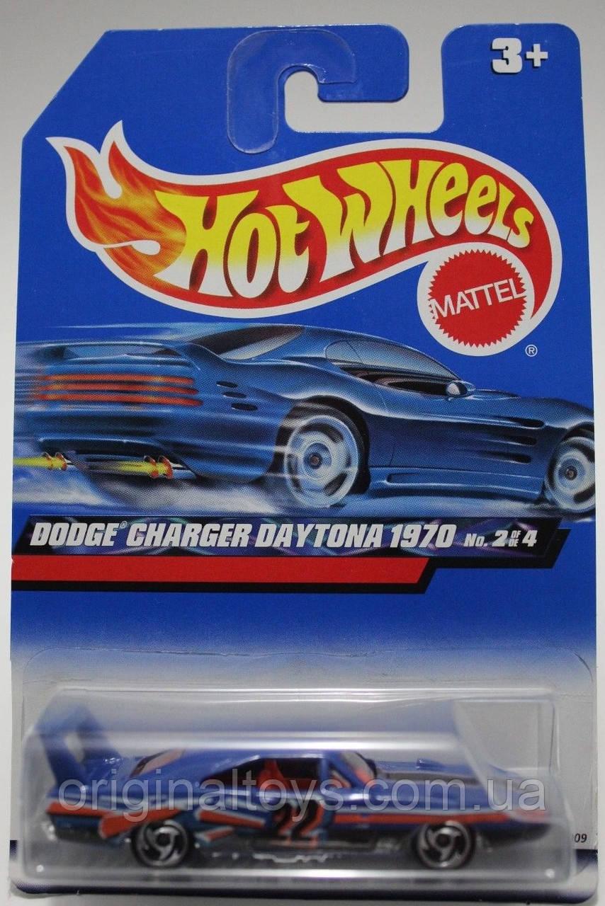 Базовая машинка Hot Wheels Dodge Charger Daytona