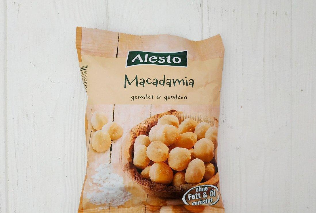Горішки макадамія з сіллю Alesto Macadamia gerostet&gesalzen