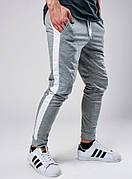 Мужские спортивные штаны с лампасами серого цвета