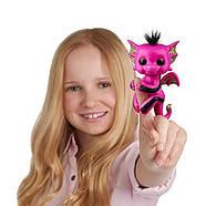 Оригинальный интерактивный ручной дракончик Лекси FingerlingsPink and Black Glitter DragonLexi, фото 2