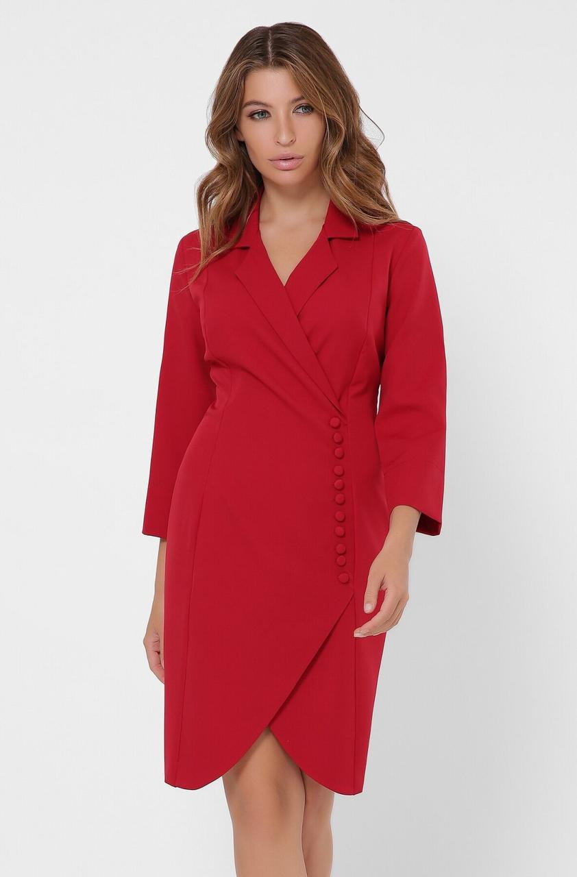 Красное платье-пиджак в деловом стиле