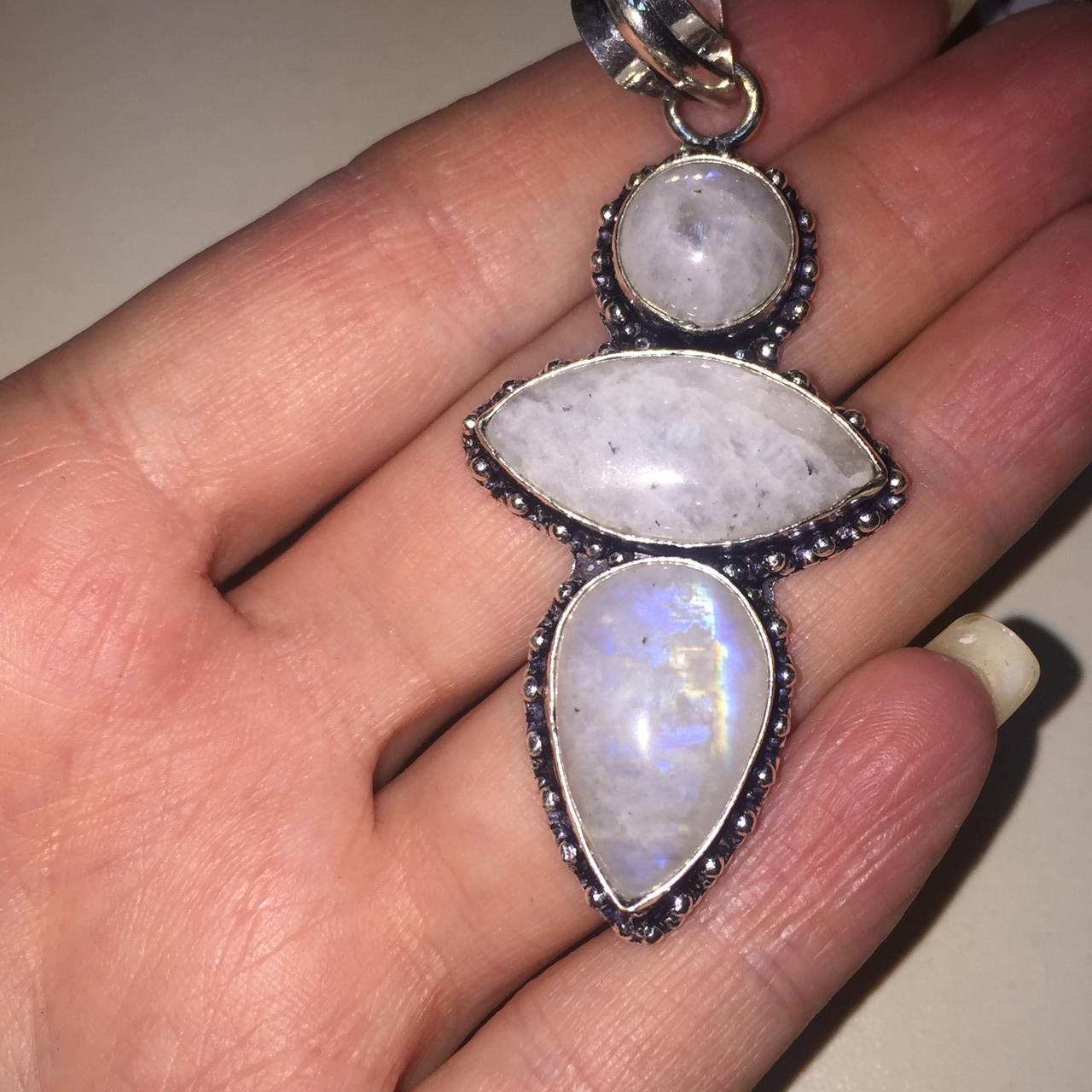 Лунный камень тройной кулон с натуральным лунным камнем в серебре Индия