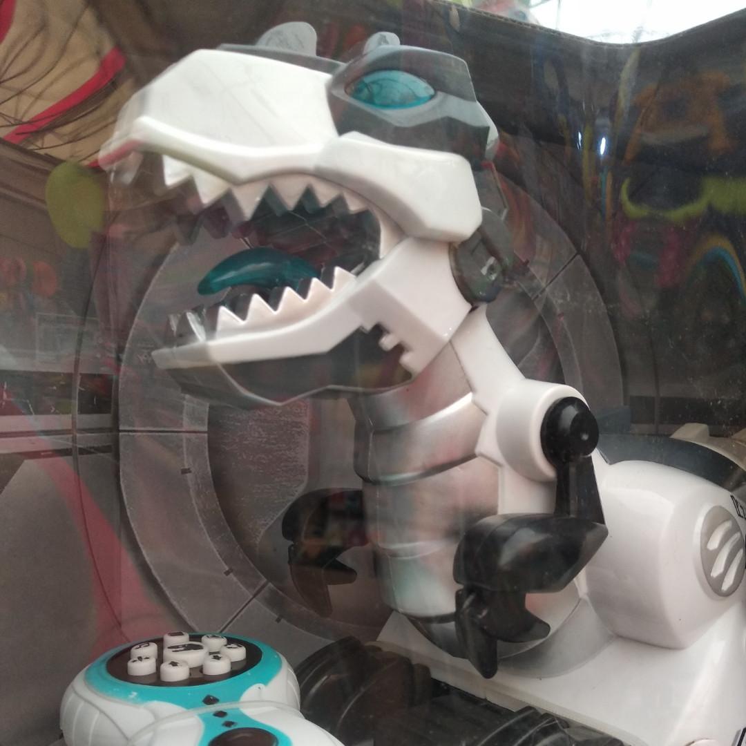 Інтерактивний динозавр видає звуки гарчання , співає , танцює - Магазин дитячих іграшок kidstoys3-16 в Харкові