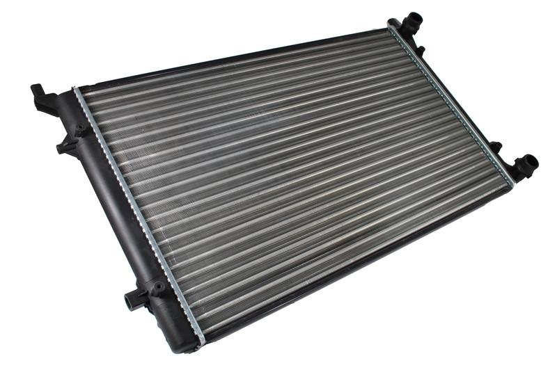Радиатор охлаждения Volkswagen Passat (1.4-2.0) 2004- (650*397*23mm)