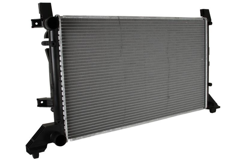 Радиатор охлаждения Volkswagen LT 28-46  1996- (679*399*26mm)