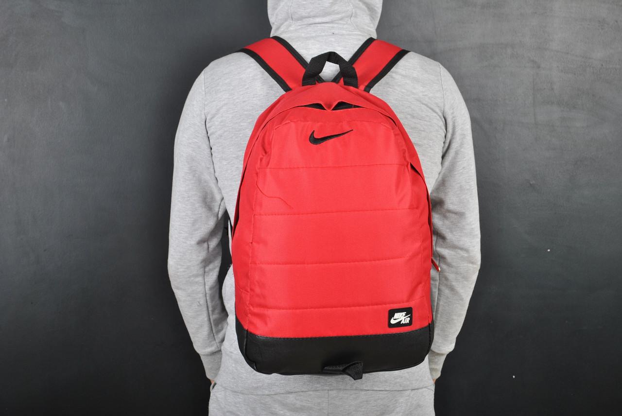 Мужской рюкзак в стиле Nike красный