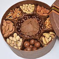 Подарочный набор мужчине / набор орехов / вкусный подарок / подарок мужу / оригинальный подарок / презент