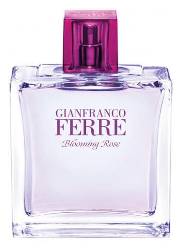 Туалетна вода Gianfranco Ferre Blooming Rose 50ml