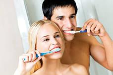 Догляд за порожниною рота і зубами.