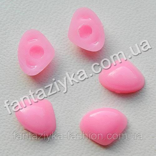 Носик для игрушек розовый 10х7,5мм