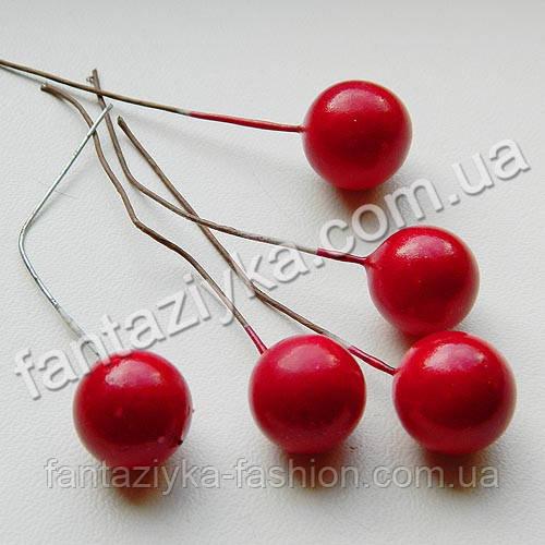 Крупная красная ягода 15мм на проволоке