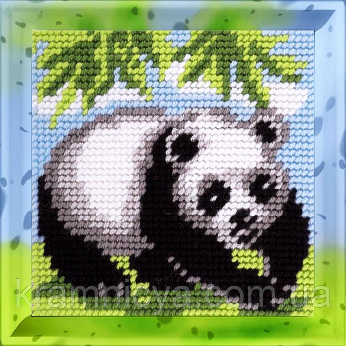 Панда. Набор для вышивания нитками на канве 15х15cм.