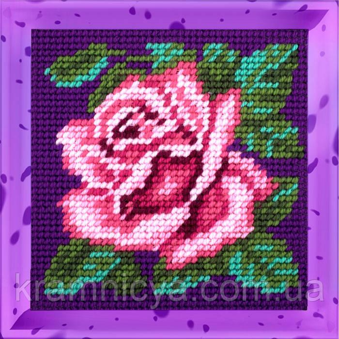 Роза. Набор для вышивания нитками на канве 15х15cм.