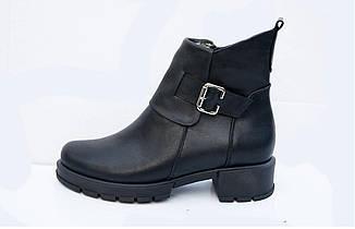 Зимние женские кожаные ботинки 36-41 черный