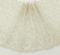 Ажурное французское кружево шантильи (с ресничками) бежевого цвета шириной 22 см