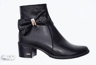 Модные ботинки женские  на каблуке   36-41 черный