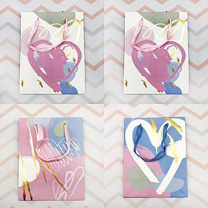 Пакеты для подарков | Пакеты бумажные подарочные | Подарочный пакет Gold Heart M (выбор дизайна)