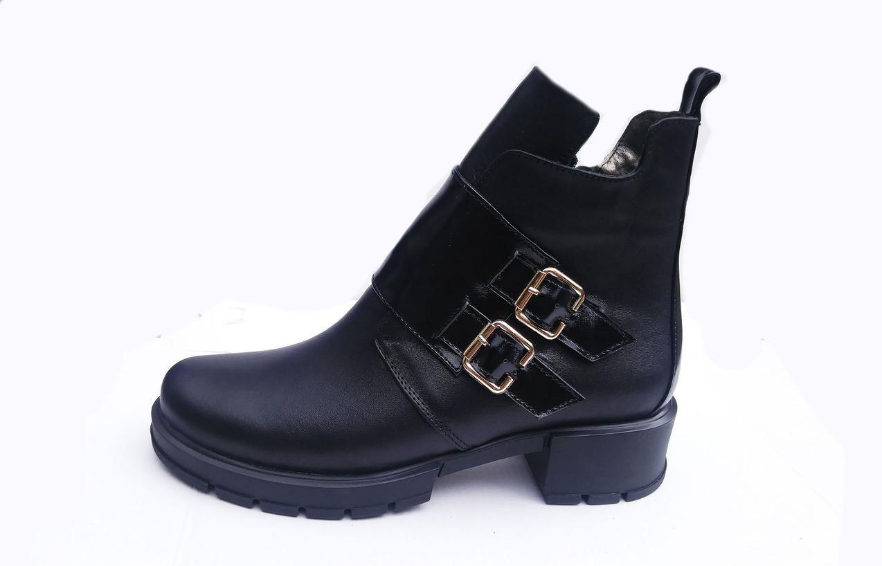 Демисезонные женские ботинки  из натуральной кожи 36-41 черный