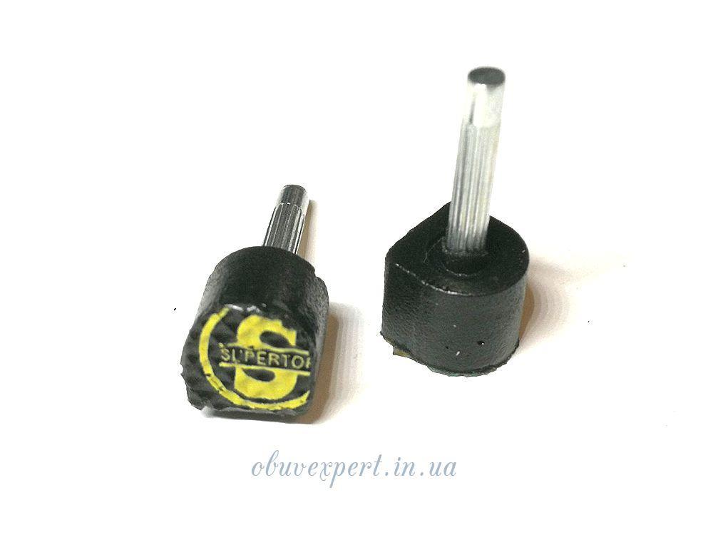 Набойки п/у на штыре Supertop р.604S (6*6 мм, шт 2,5 мм), цв.черный
