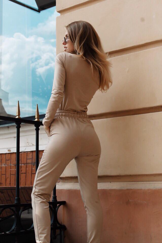 Костюм стильный женский