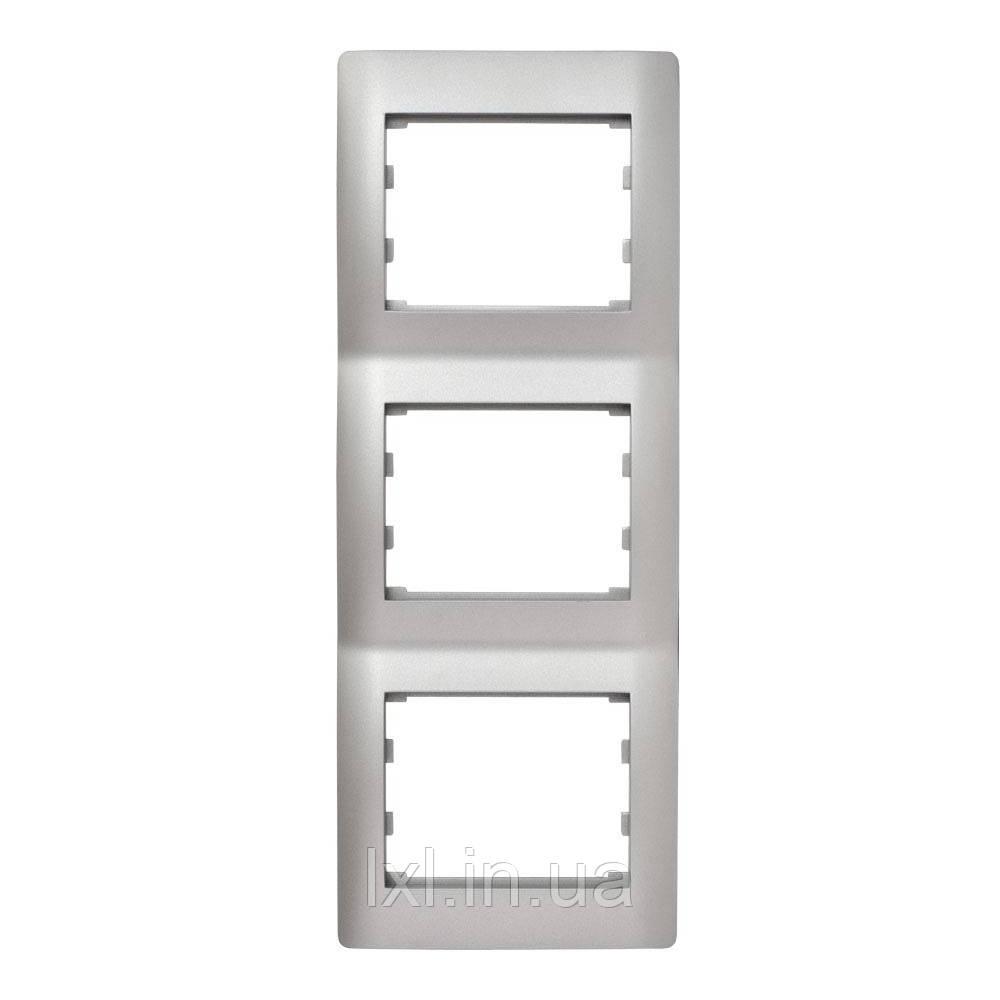Рамка 3 місця вертикальна серебристый металлик OSCAR