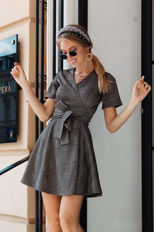 Платье стильное женское
