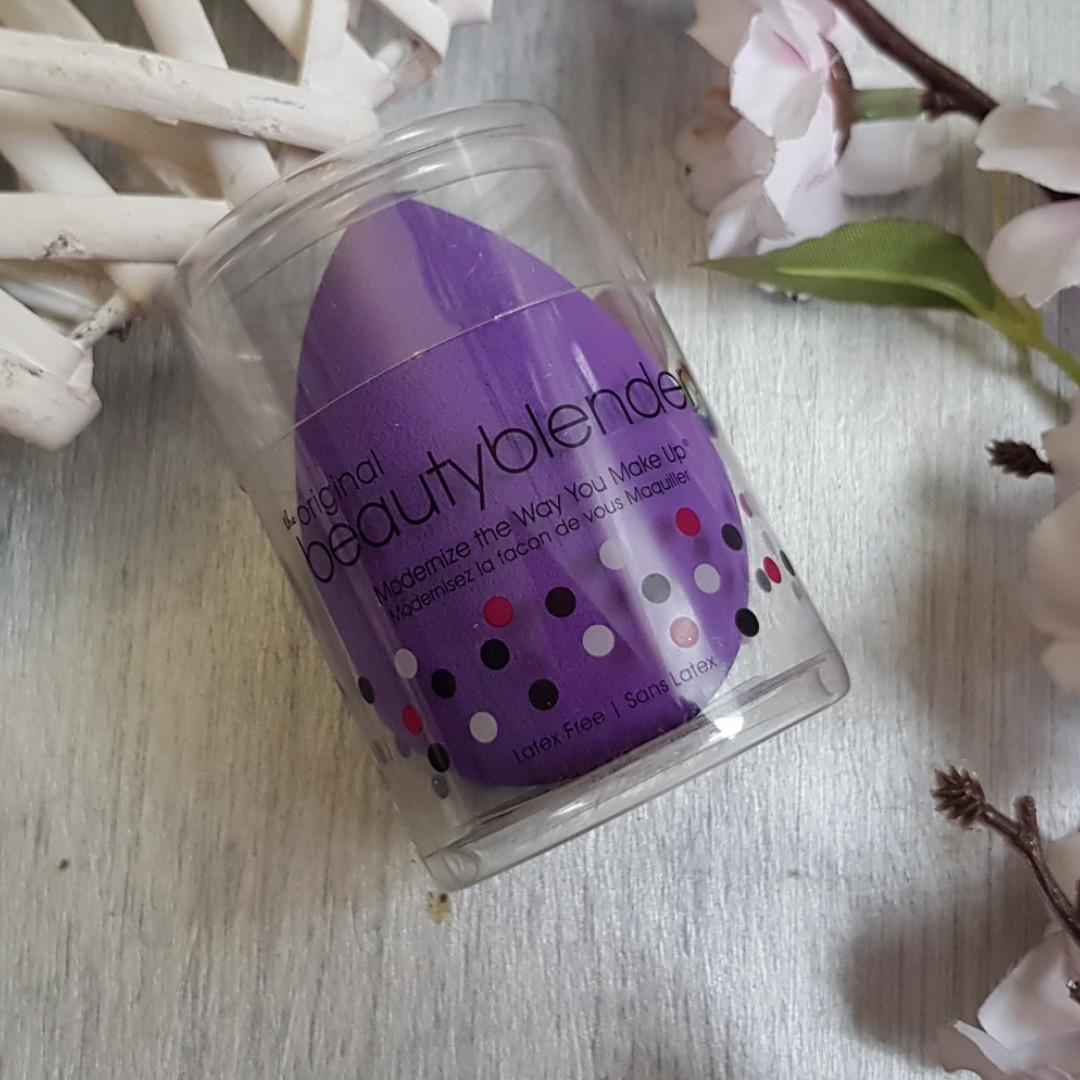 Спонж для макияжа Beautyblender royal 1 шт
