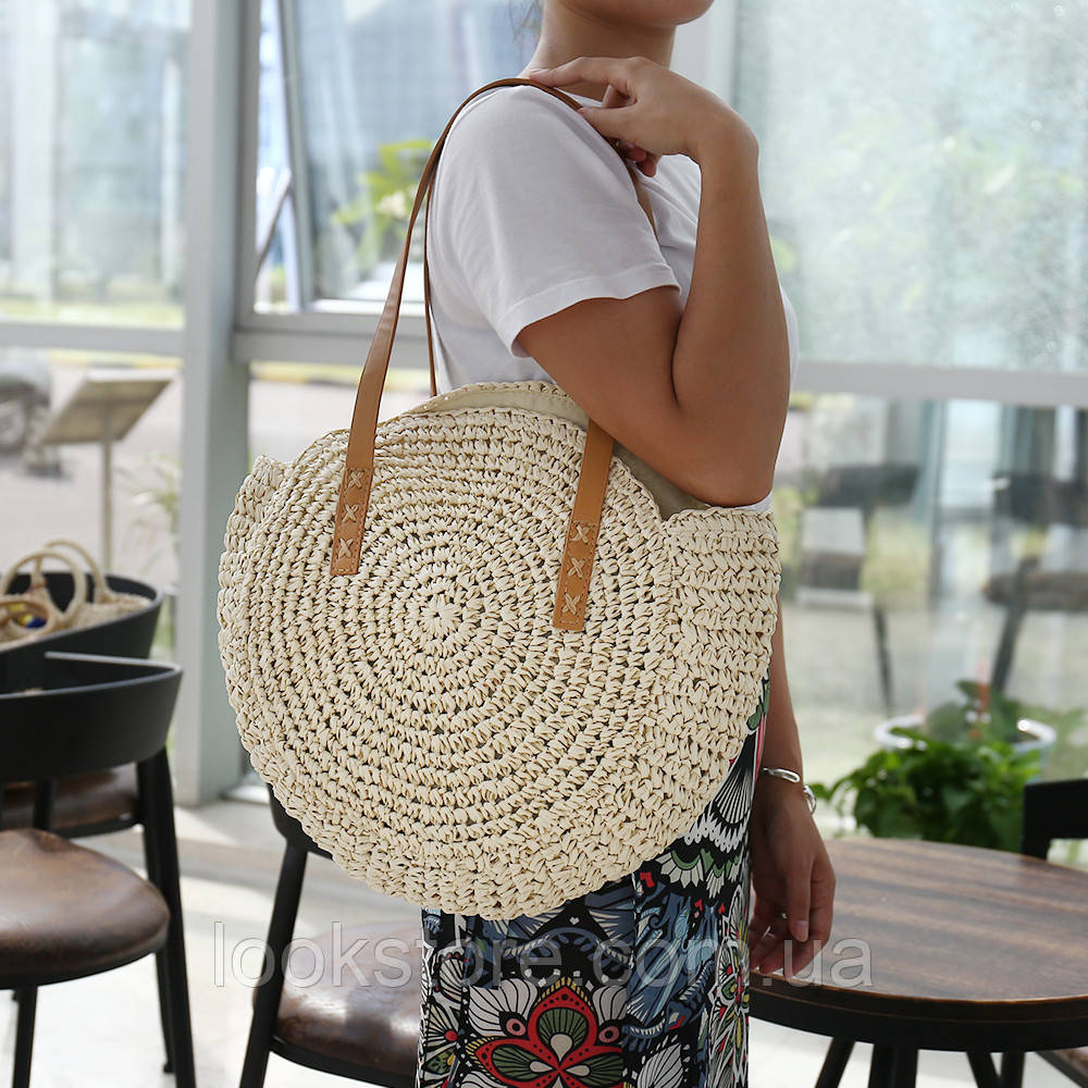 Женская круглая соломенная сумка Шоппер бежевая