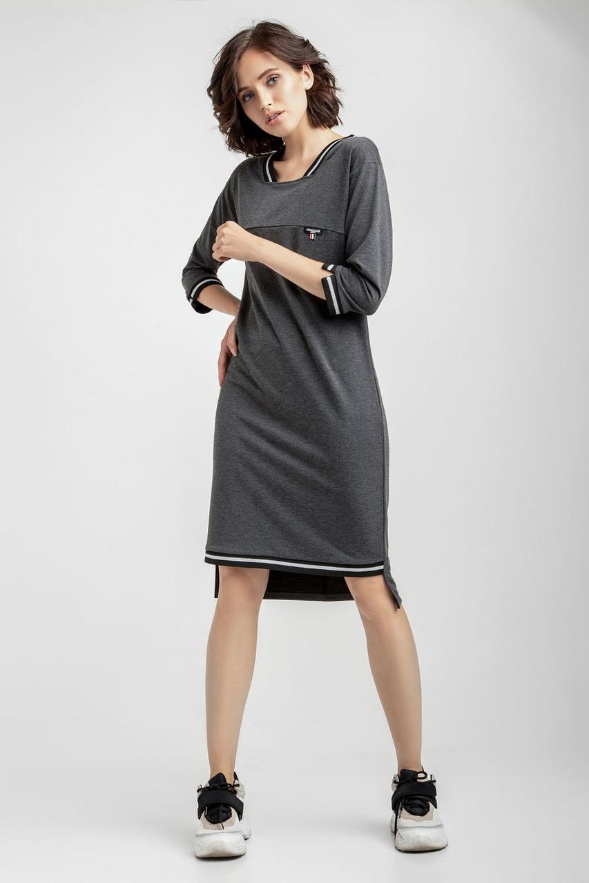 Прямое платье в спортивно-элегантном стиле.Разные цвета