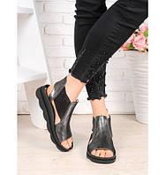 Кожаные черные сандалии на низкой платформе tez752404