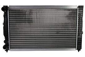 Радиатор охлаждения Audi A4 (1.6-1.9) 1994-2001 (630*398*32mm) МКПП