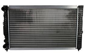 Радиатор охлаждения Audi A6 (1.8/1.9) 1997-2005 (630*398*32mm) МКПП
