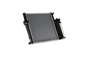 Радиатор охлаждения BMW 3 (E36) 1992-2000 (440*439*32mm) МКПП/АКПП