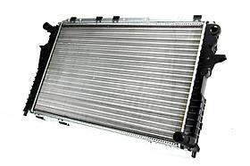 Радиатор охлаждения Audi A6 (2.6-2.8) 1990-1997 (632*409*26mm) МКПП