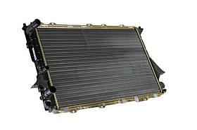 Радиатор охлаждения Audi A6 (2.0-2.5) 1994-1997 (MT) (632*409*26mm) МКПП