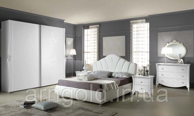 Комплект спальни модель Doris Италия цвет белый