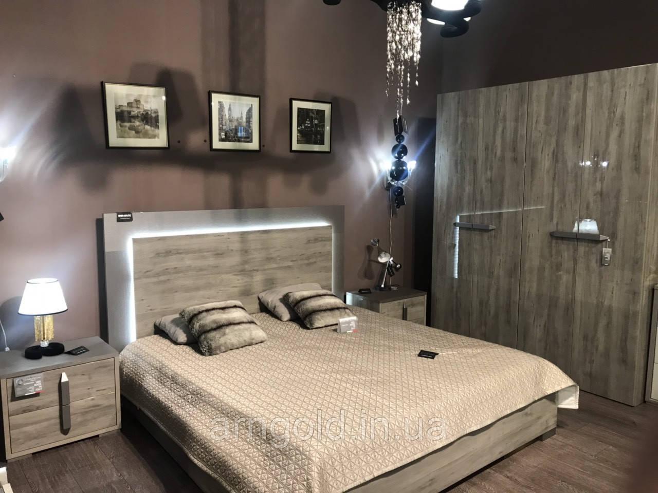 Комплект спальни модель Evelyn Италия цвет капучино