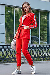 Красный брючный костюм женский молодёжный классический повседневный