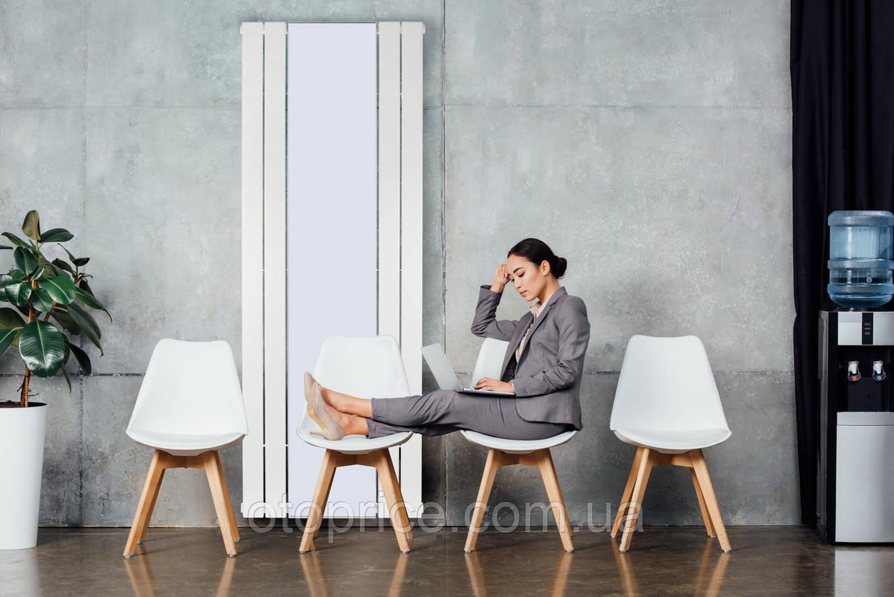 Дизайнерский вертикальный радиатор с зеркалом Mirror 1800 Betatherm