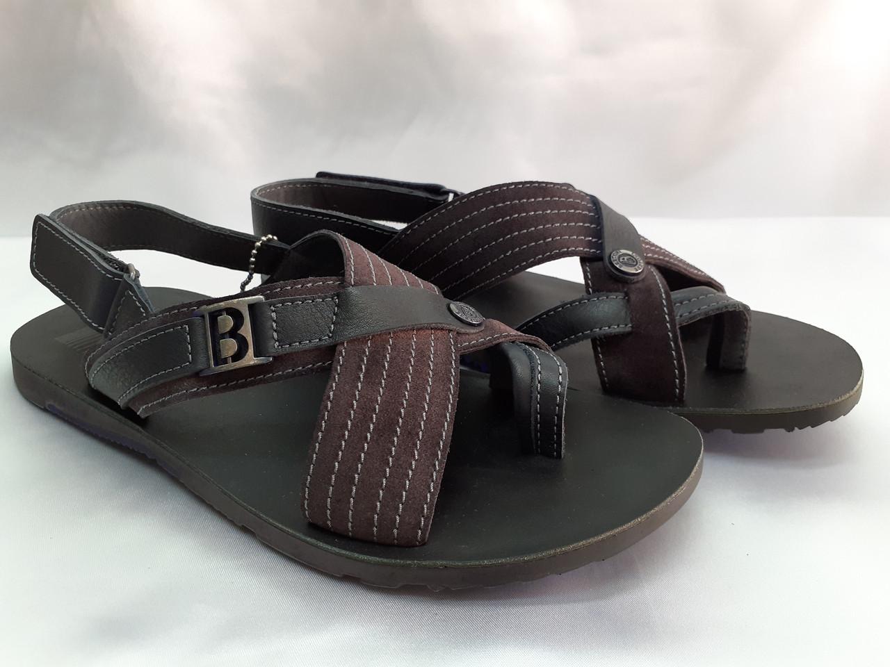 Стильні чоловічі сандалі Bertoni