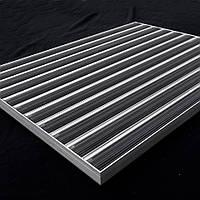 Внутрішнє алюмінійове обрамлення для брудозахисної решітки. Вбудована рама.